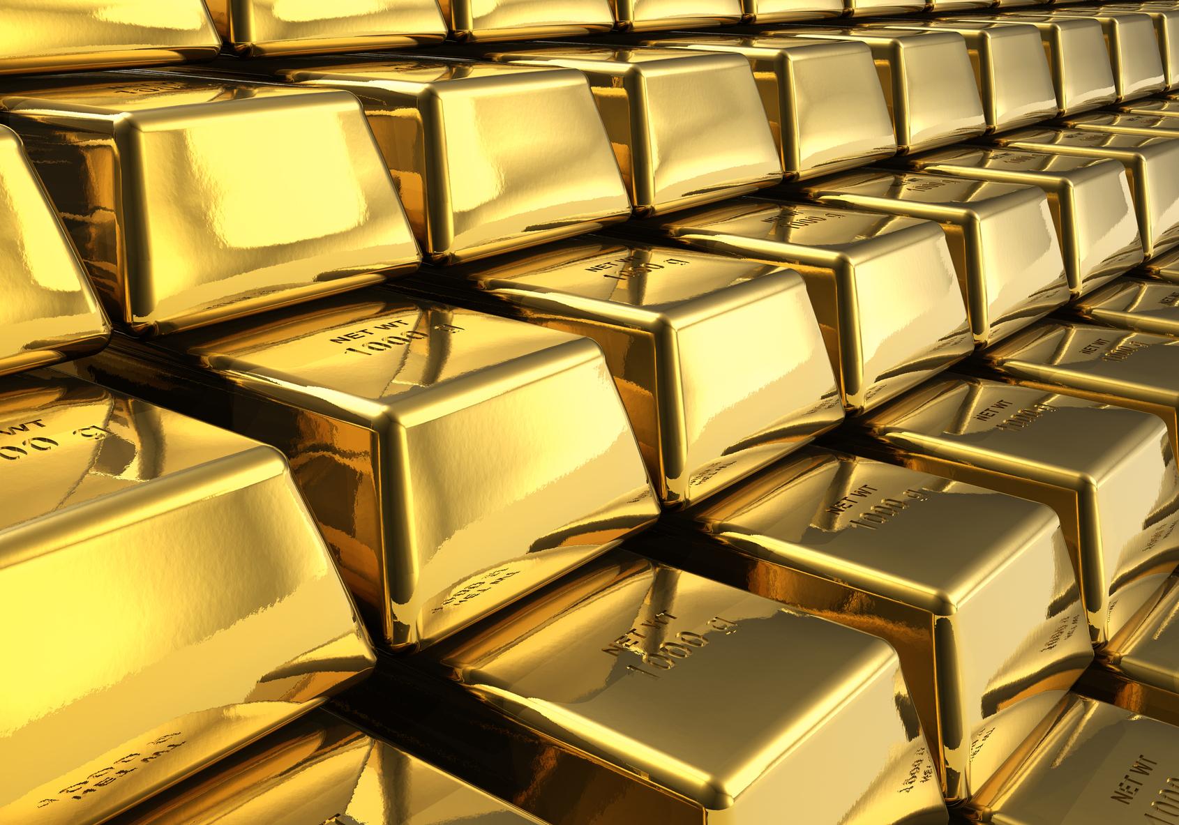 El precio del oro se cotiza en su apertura en 1,109 dólares por onzas, con una pérdida de 2.72% respecto al precio del viernes.