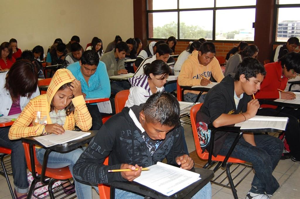 El 64.7% de los alumnos en Guerrero tuvo el peor resultado en Matemáticas; y Chiapas, con el 63.6%, lo registró en Lenguaje y comunicación.