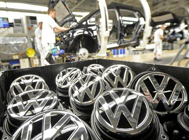 El valor de las acciones de VW ha caído a 95.20 euros, tras presentar un pico de más de 255 euros en este 2015