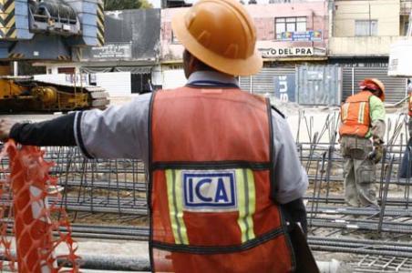 """""""Es un problema estructural"""" el rezago en los pagos del gobierno confesó un alto directivo de la mayor empresa de construcción del país que pidió no ser citado"""