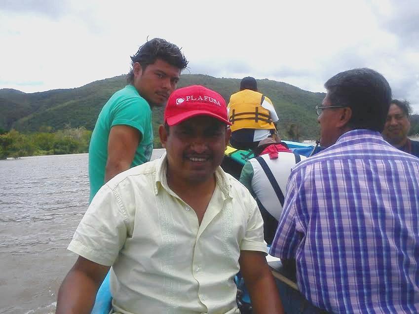 Armando Morales, habitante del municipio de Tixtla, Guerrero, narra las pericias que realiza todos los días para abastecerse de agua.