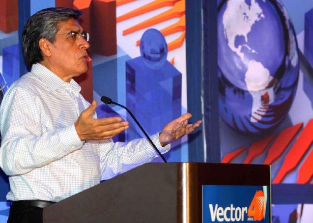 Rodolfo Navarrete Vargas alcanzó el más alto puntaje en el ranking general durante 2015 y obtuvo el primer lugar en el indicador de Producción Industrial y el segundo lugar en Precios al Consumidor