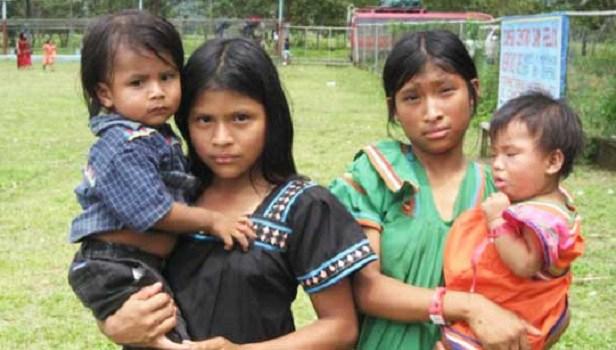 BCS, Q. Roo, SLP, Veracruz y Yucatán, la edad mínima para unirse en matrimonio es a los 18 años, sin excepción; en el resto del país se dan excepciones y las mujeres pueden hacerlo desde los 14 años