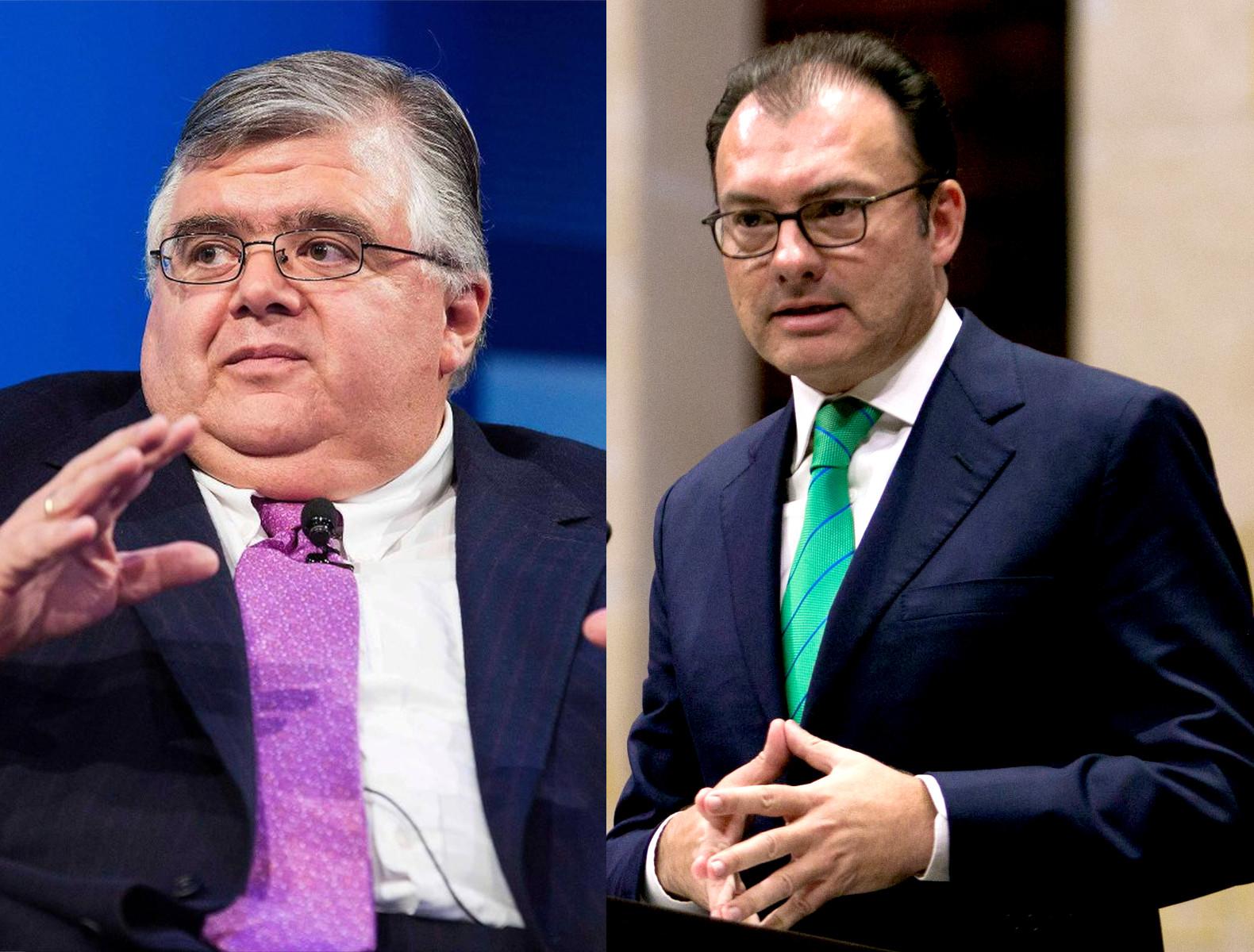 El gobernador Agustín Carstens y el secretario Luis Videgaray anunciaron hoy medidas para enfrentar la incertidumbre y volatilidad financiera global