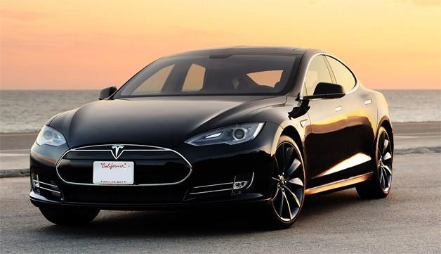 Dentro de los siguientes años compañías como Tesla, Chevrolet y la alianza Renault-Nissan tienen planeado realizar autos impulsados por electricidad que se adecúen al presupuesto de un ciudadano promedio.
