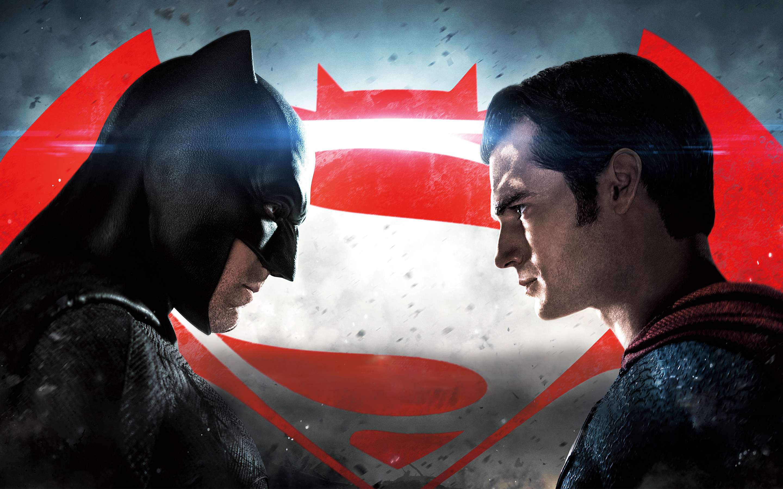 Esta es la primera ocasión en la historia que vemos a Superman, Batman y Wonder Woman juntos en la pantalla grande, y sus escenas juntos valen totalmente la pena.