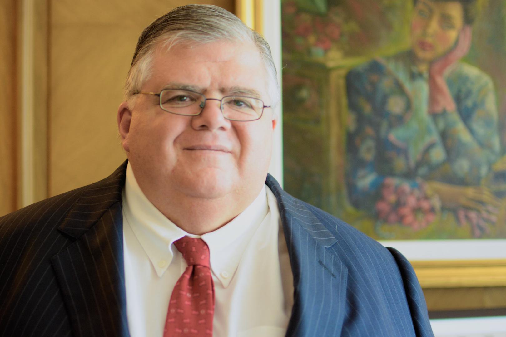 """""""La decisión (de entregar remanentes) debe ser congruente con el espíritu de la ley"""", dijo el gobernador Agustín Carstens"""