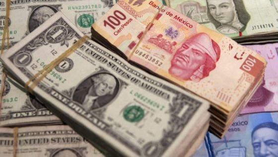 Tan sólo en mayo la moneda nacional cayó 6.7% frente al dólar