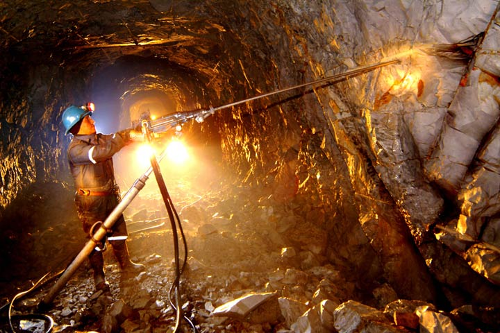 La actividad minera ha registrado números rojos desde febrero de 2016.