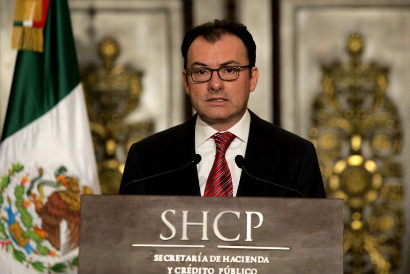 La dependencia a cargo de Luis Videgaray Caso decidió incrementar el precio de los combustibles por segunda vez en el año