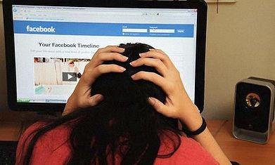 La viralización de información a través de internet ha migrado la violencia de género experimentada por 6 de cada 10 mujeres en México hacia dispositivos electrónicos como celulares y computadoras.
