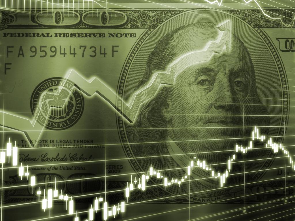 El peso podría depreciarse entre 20 y 25 pesos por dólar si gana Trump. Si el triunfo es de Hillary, la moneda podría apreciarse hacia los 17 o 18 pesos por dólar.