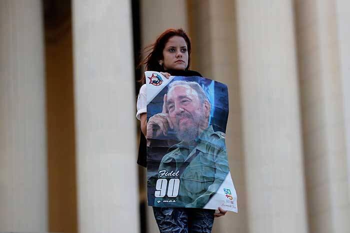 Fidel Castro murió el 25 de noviembre y un luto de nueves días que concluirá el 4 de diciembre fue impuesto.