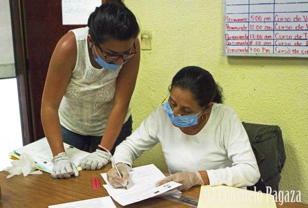 Las madres de Ciencia Forense Ciudadana crearon una colección de muestras de ADN extraídas de familiares para ayudar identificar a los desaparecidos.