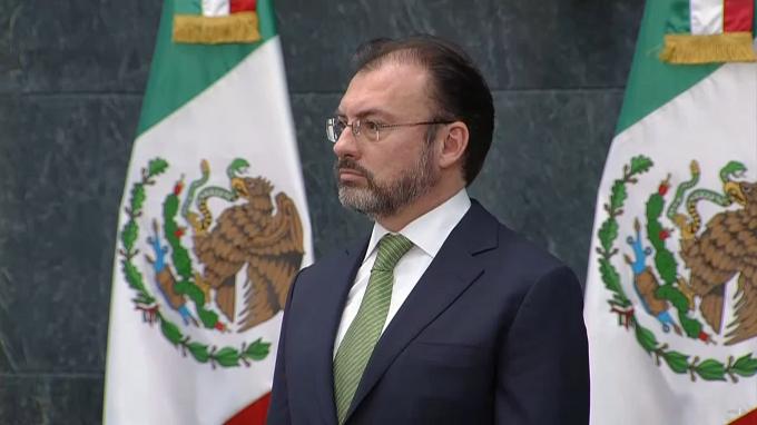 Enrique Peña dejó en manos del hombre que llevó la deuda ampliada del país a más de 50% del PIB la responsabilidad de entablar negociaciones con Estados Unidos.