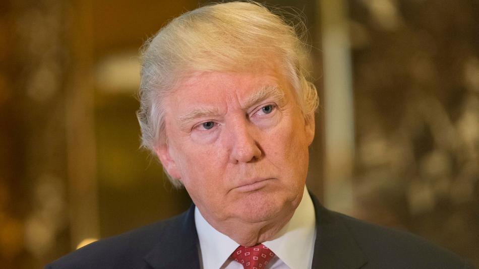 """Trump adelantó que en las próximas dos semanas realizará """"importantes anuncios"""" respecto de acuerdos que ha hecho con empresas para regresar a Estados Unidos y crear puestos de trabajo para los norteamericanos."""