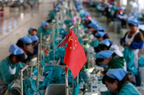 Indirectamente Trump está impulsando el comercio de China, un país al que tachó de enemigo durante su campaña hacia la Casa Blanca y muchos años antes de convertirse en candidato.