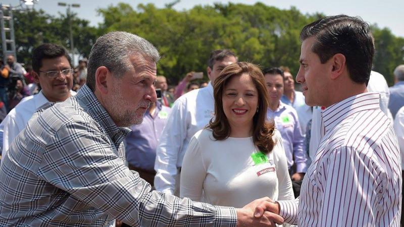 Benito Neme y Enrique Peña Nieto, una historia de compadrazgo en el sexenio.