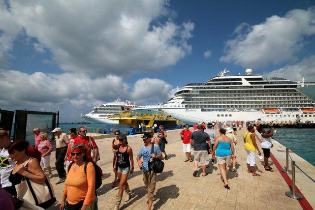 Cozumel es la meca del turismo de cruceros en el país, la mitad de los turistas de este tipo llegan a este puerto.