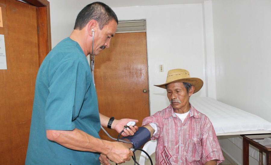 En México el 20% de la población rural no tiene acceso a servicios de salud a una distancia menor a 5 kilómetros.