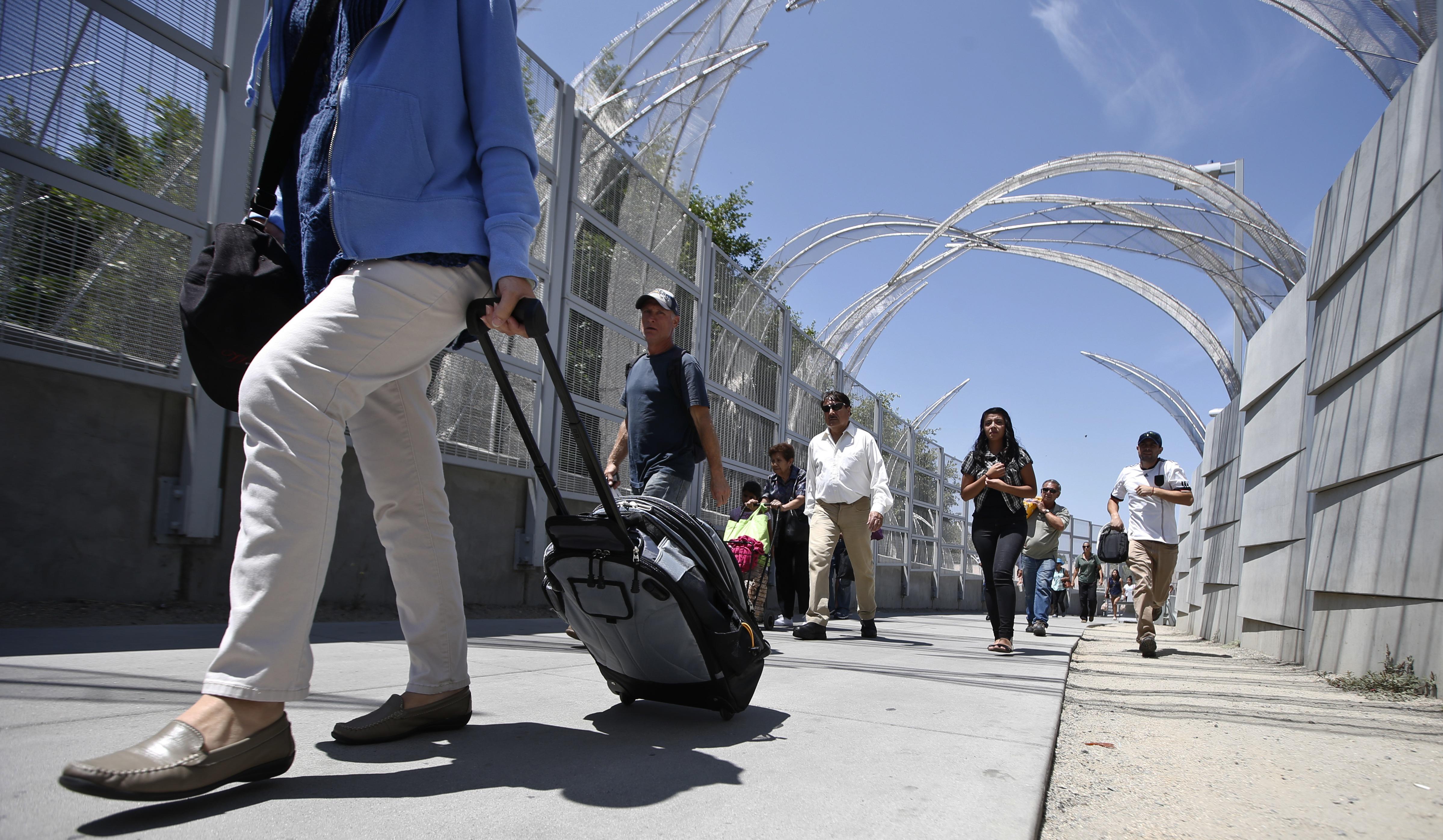 Banxico sostiene que sí es posible que 3.9 millones de turistas fronterizos no hayan generado impacto económico.