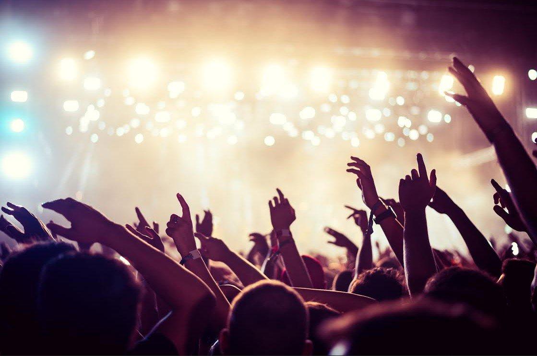 Corona Sunset es un festival de música en la playa
