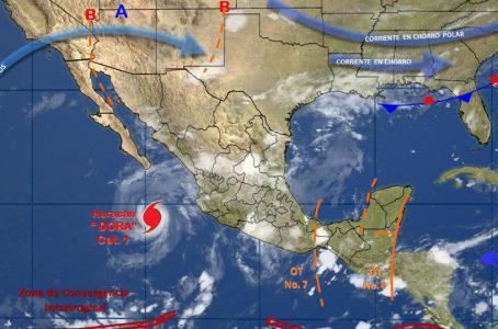 el Servicio Meteorológico Nacional señaló que 'Dora' se ubicaba a 405 kilómetros al oeste-suroeste de Cabo Corrientes en Jalisco y a 460 kilómetros al sur de Cabo San Lucas.