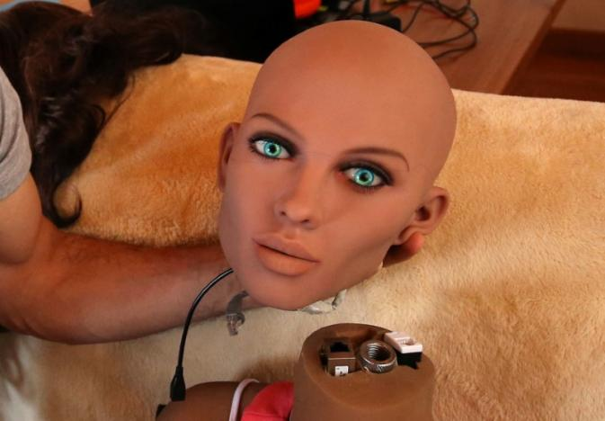La robótica podría ayudar en la prevención de delitos sexuales.