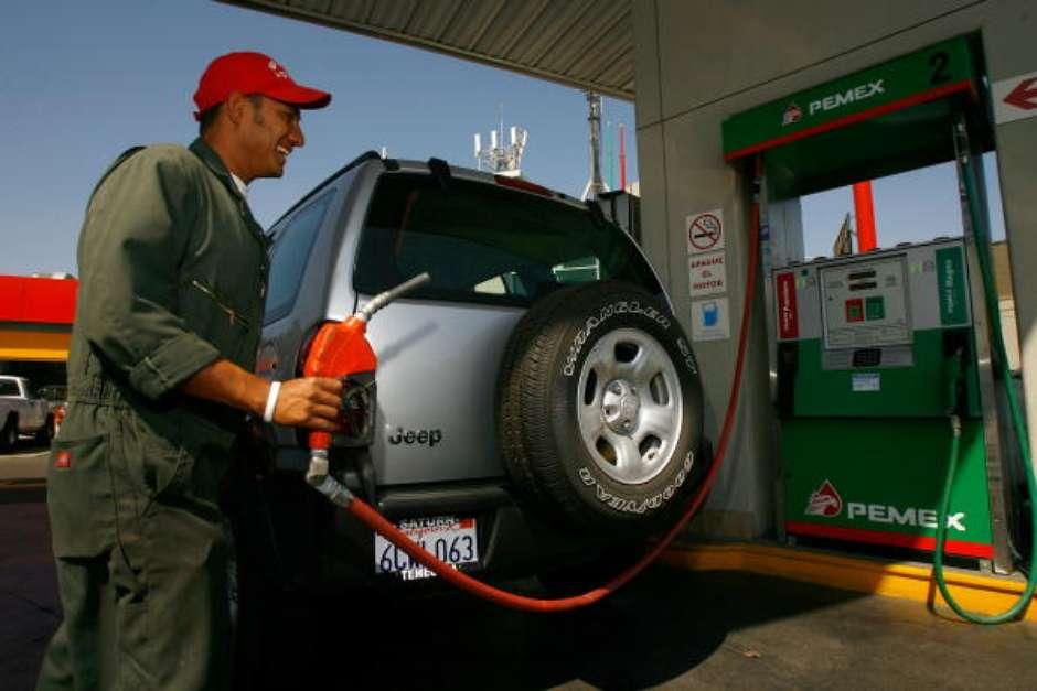 No te olvides de consultar los precios de la gasolina para este viernes.