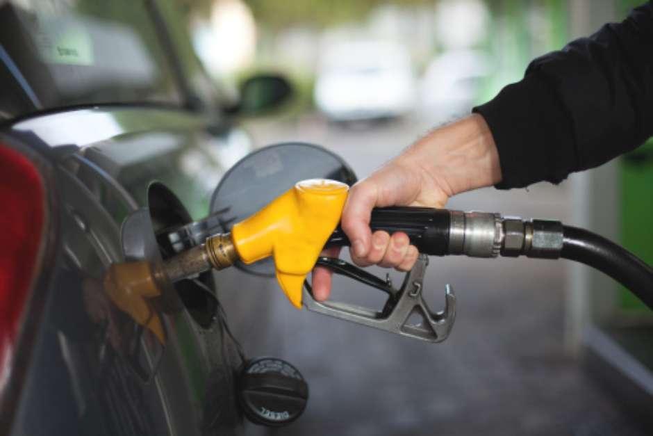No te olvides de consultar los precios de la gasolina para este martes.