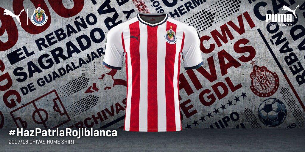 El jersey de las Chivas luce la doceava estrella en la parte superior del escudo