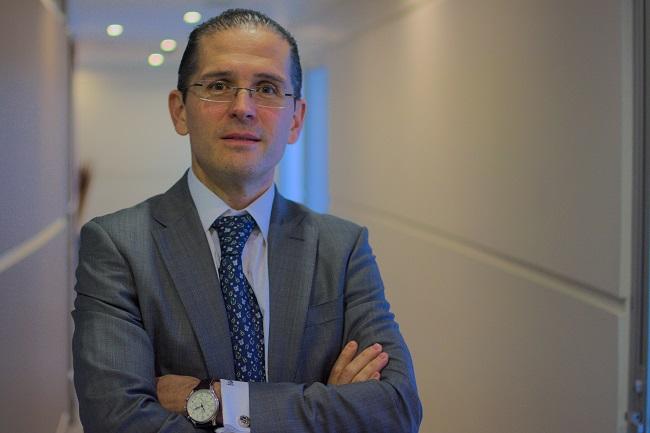 Paulo Díez lleva más de dos años denunciando actos de corrupción de OHL y el gobierno federal.