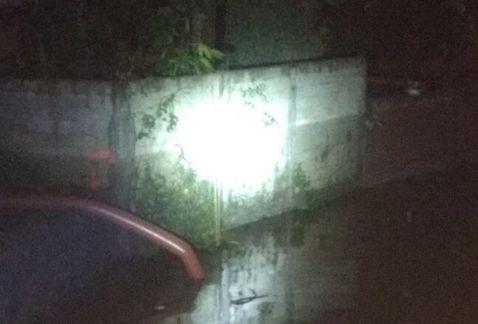 Una inundación registrada en la zona del socavón provocó el corte a la circulación