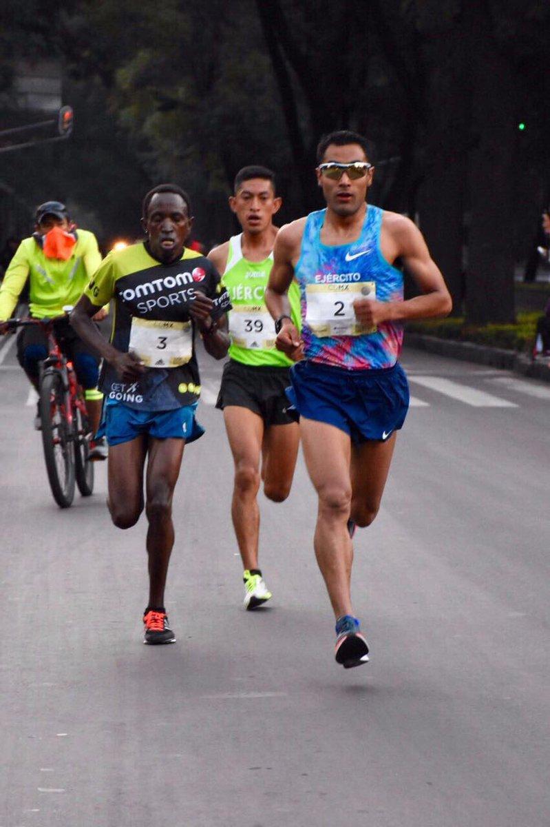 México obtuvo primer y tercer lugar en la rama varonil de la Media Maratón