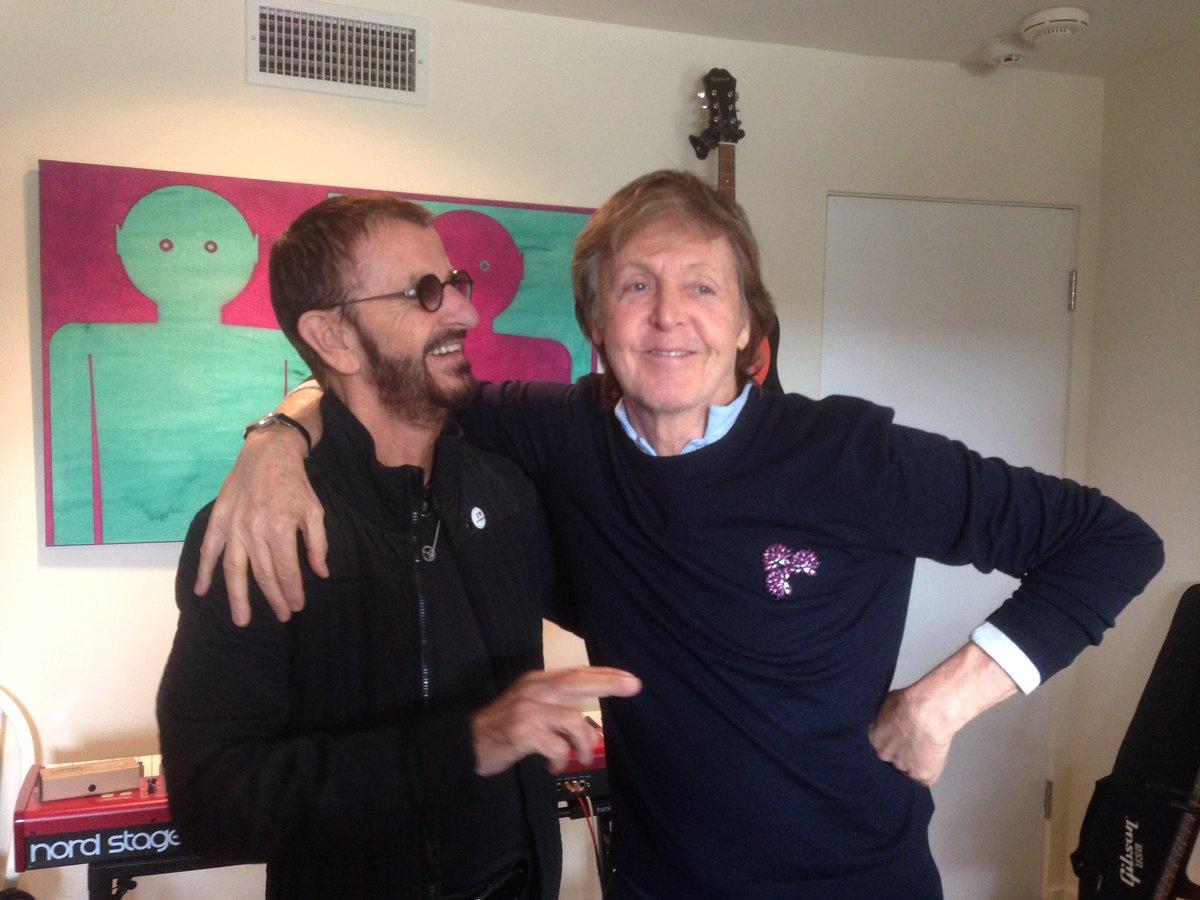 Paul y Ringo se unieron para grabar 'We're on the road again'