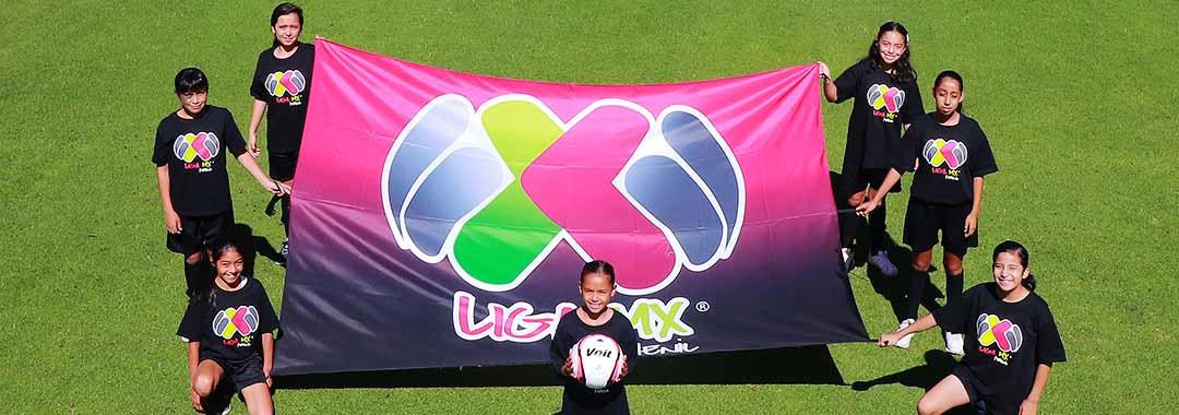 Arrancó el primer torneo de futbol femenil profesional en México