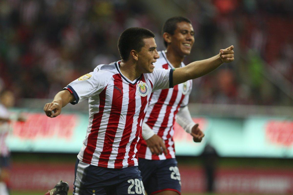 Chivas goleó a Bravos de Juárez
