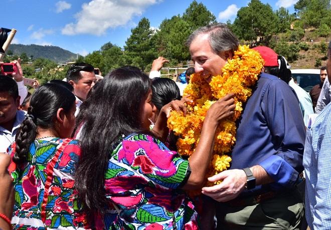 En Guerrero, José Antonio Meade tuvo un recibimiento como de candidato.