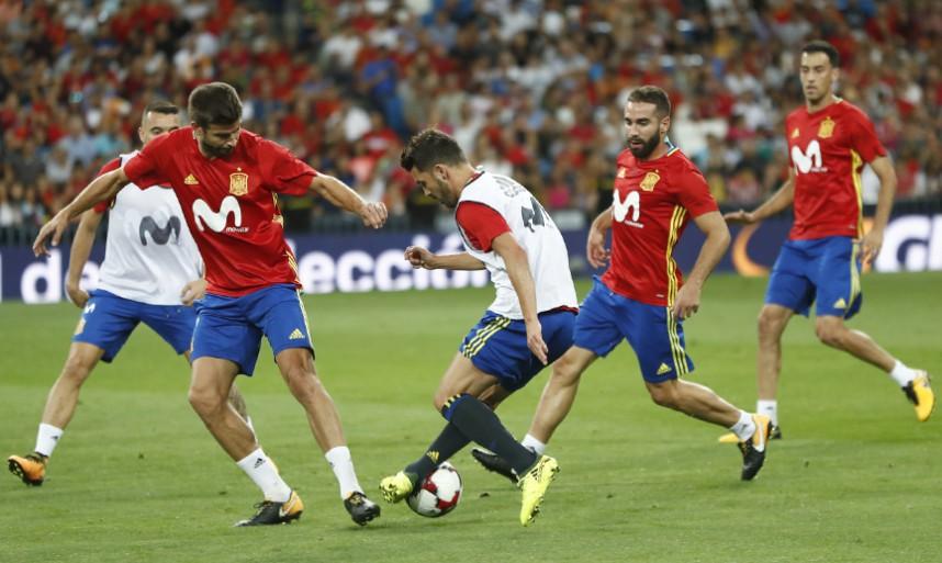 España e Italia chocan por el liderato del Grupo G de la clasificación europea