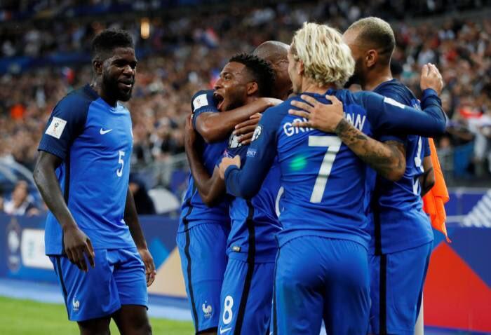 Francia busca mantener el buen paso rumbo a Rusia 2018