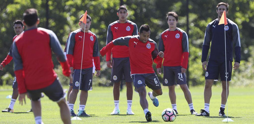 Chivas y Atlético Nacional chocan en la Supercopa de Campeones