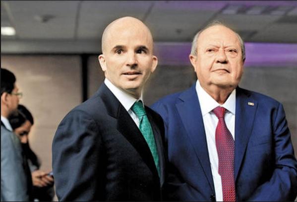 La negociación entre José Antonio González Anaya y Romero Deschamps conservó las prestaciones que ahogan a las finanzas de Pemex para la mayoría de los trabajadores.