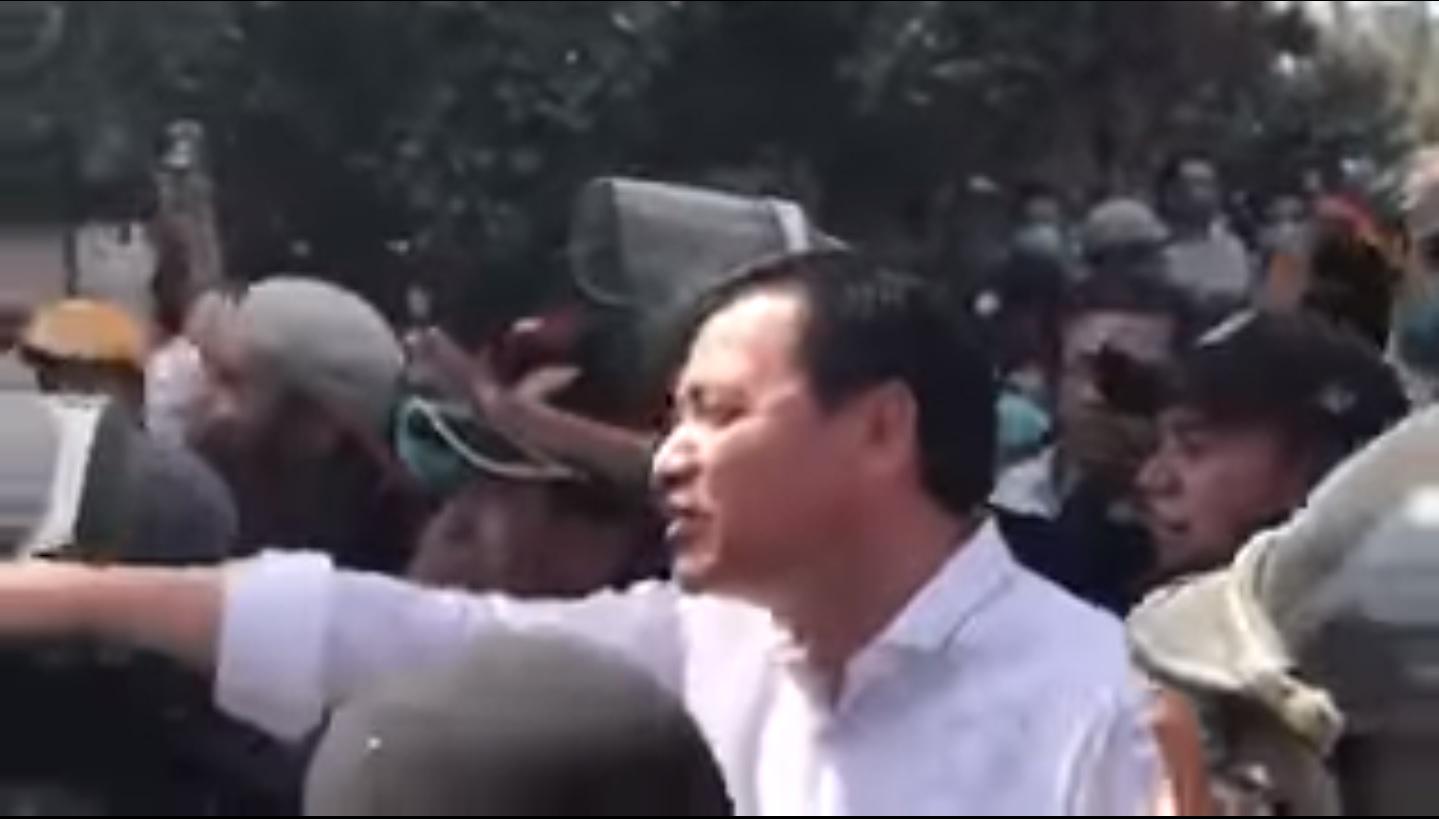 Osorio Chong no fue bien recibido en Chimalpopoca y Bolívar