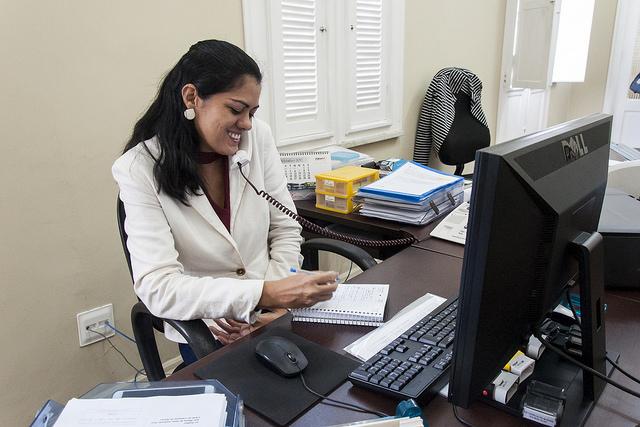 El 1.3% de los trabajadores de la SEP está representado por taquimecanógrafas.