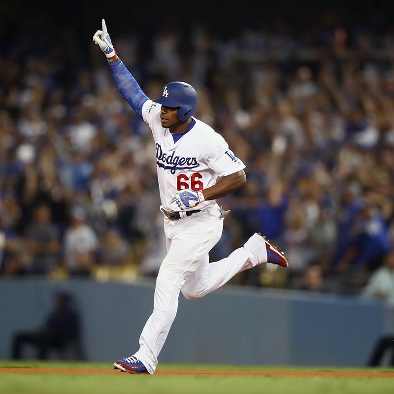 Dodgers gana la serie 1-0 sobre los Cubs