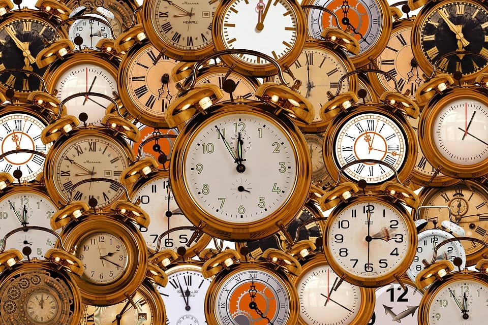 Este 5 de noviembre es el cambio de horario fronterizo. Foto: Cambio de horario/Pixabay