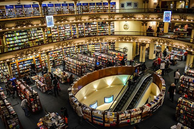 Se espera que para 2021 los ingresos por publicaciones literarias lleguen a los 121.08 millones de dólares, según Statista.