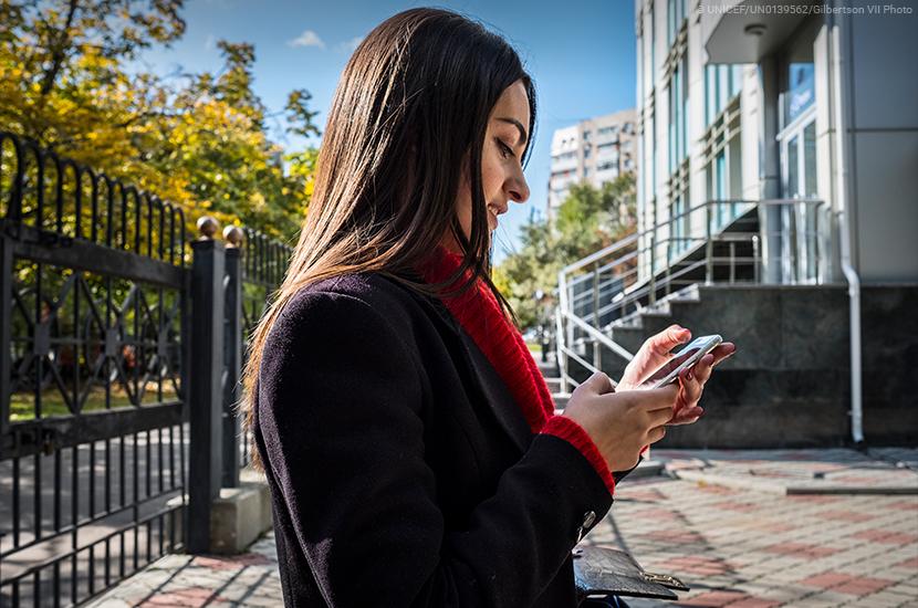 71% de los jóvenes a nivel global tienen acceso a internet, pero hay enormes diferencias entre los países.