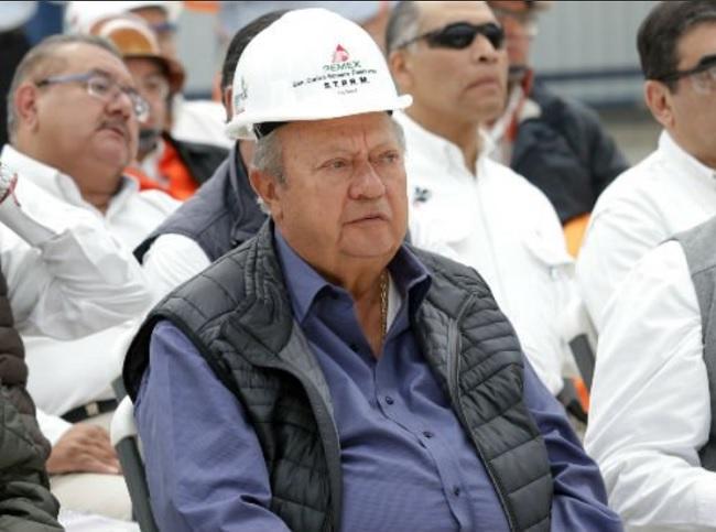 En 2004 el yerno de Romero Deschamps estuvo involucrado en la realización de cirugías estéticas con cargo a Pemex.