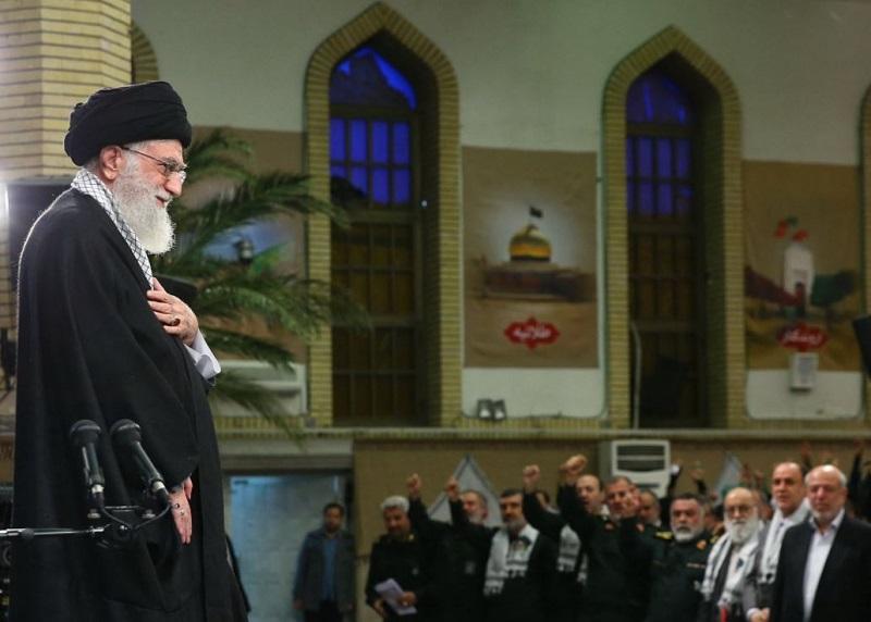 Ayatola Alí Jamenei, líder supremo de Irán asegura que los enemigos de Irán se han aliado para causar problemas a la República Islámica.